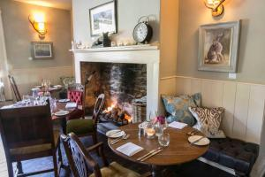 A restaurant or other place to eat at The Seagrave Arms
