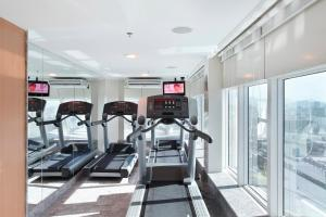 The fitness center and/or fitness facilities at Windsor Astúrias