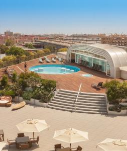 A view of the pool at Sercotel Sorolla Palace or nearby
