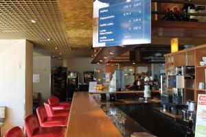 Lounge oder Bar in der Unterkunft Hotel Grunewald