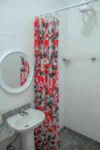 A bathroom at Rock! and Hostel