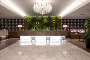The lobby or reception area at Solaria Nishitetsu Hotel Fukuoka