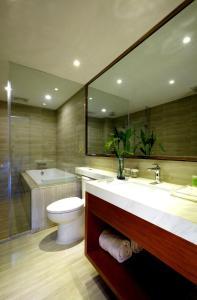 حمام في فندق ماندارين