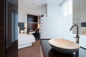 Ein Badezimmer in der Unterkunft Hotel Schloss Montabaur