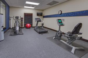 The fitness center and/or fitness facilities at Hampton Inn Clearfield