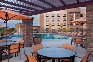 The swimming pool at or near Courtyard by Marriott Scottsdale Salt River