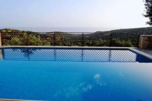 Πισίνα στο ή κοντά στο Βίλλες Litiniana