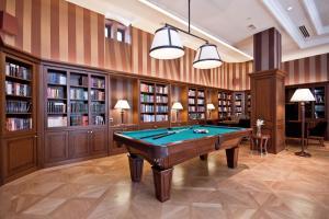 A billiards table at Grand Hotel Kempinski High Tatras