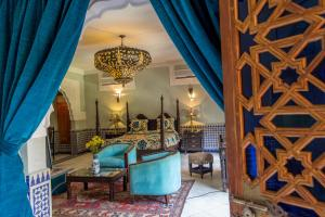 A seating area at Riad Palais Sebban