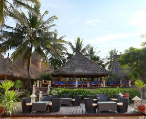 A restaurant or other place to eat at Novotel Lombok Resort & Villas
