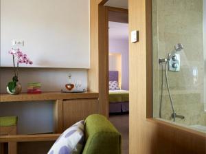 Et bad på Lindos Mare, Seaside Hotel