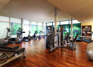 The fitness center and/or fitness facilities at The Westin Grand Munich