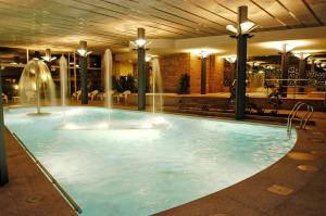 The swimming pool at or close to Mercure Andorra
