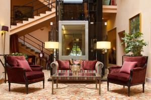 The lobby or reception area at NARUTIS hotel