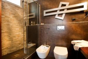 A bathroom at Arte Nel Centro