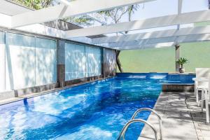 The swimming pool at or near Blue Tree Premium Verbo Divino - Nações Unidas
