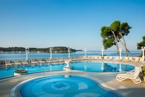 The swimming pool at or close to Island Hotel Katarina