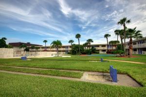 A garden outside Motel 6-Cocoa Beach, FL