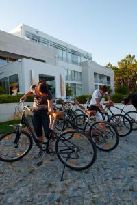 Montar en bicicleta en Flag Hotel Miravillas o alrededores