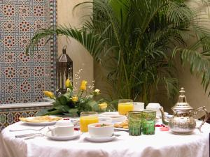 Breakfast options available to guests at Riad Kniza