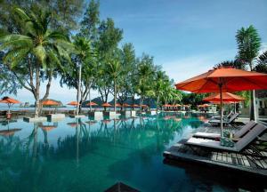 Het zwembad bij of vlak bij Tanjung Rhu Resort