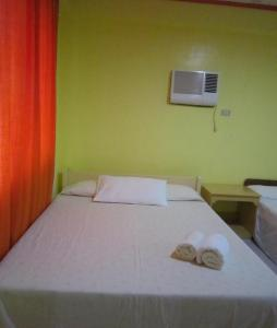 A room at M&E Guesthouse