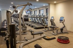 The fitness center and/or fitness facilities at DoubleTree by Hilton Pittsburgh-Green Tree