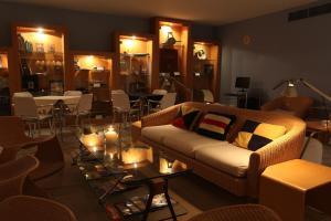 Ein Restaurant oder anderes Speiselokal in der Unterkunft Marina Club Lagos Resort