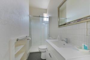 A bathroom at Portsea Place
