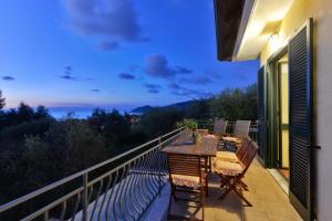 A balcony or terrace at Villa Elaia
