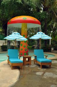 A seating area at Oasis Palm - All Inclusive