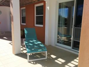 A balcony or terrace at Robins Nest Guest Apartments