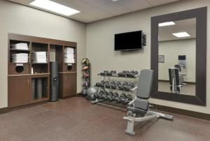 The fitness center and/or fitness facilities at Residence Inn by Marriott Des Moines Downtown