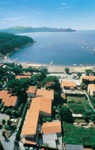 A bird's-eye view of Residence Hotel Villa Mare