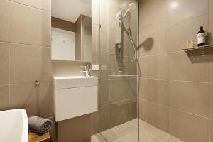 A bathroom at Salt Loft