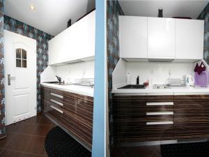 A kitchen or kitchenette at Rent a Flat apartments - Mazurska St.
