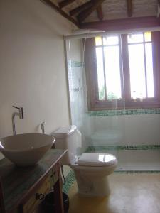 A bathroom at Holiday home Ilhabela