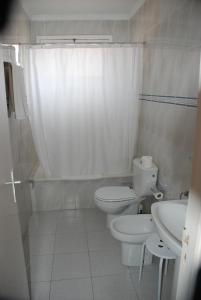 A bathroom at Hotel Olympia