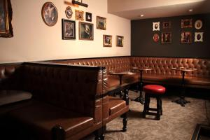 The lounge or bar area at White Hart Hotel, BW Premier Collection