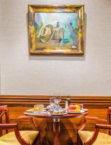 Un restaurante o sitio para comer en Hotel Herradura