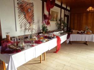 Ein Restaurant oder anderes Speiselokal in der Unterkunft Landgasthof Unger