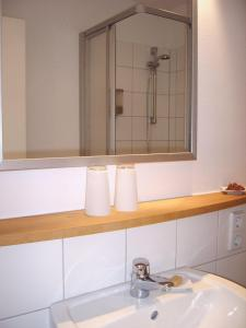A bathroom at Hotel 26