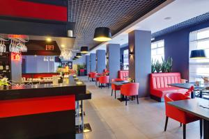 A restaurant or other place to eat at Era Spa Hotel Complex