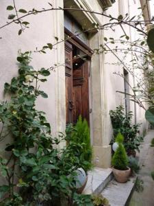 The facade or entrance of Le Couvent du Vieux Port