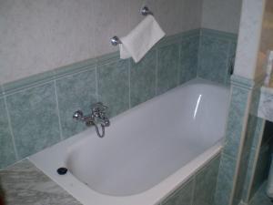 A bathroom at Hotel L'Ablana