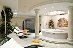 Spa and/or other wellness facilities at Hotel Garni Astoria