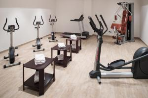 The fitness center and/or fitness facilities at Michel Hotel Wetzlar
