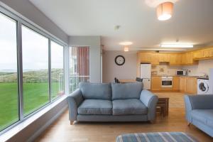 Zona de estar de Portrush Seaview Apartments