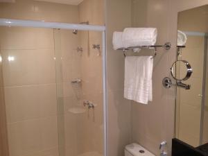 A bathroom at Mont Blanc Diamond Flat