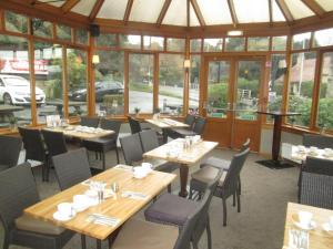 A restaurant or other place to eat at Laird And Dog Inn